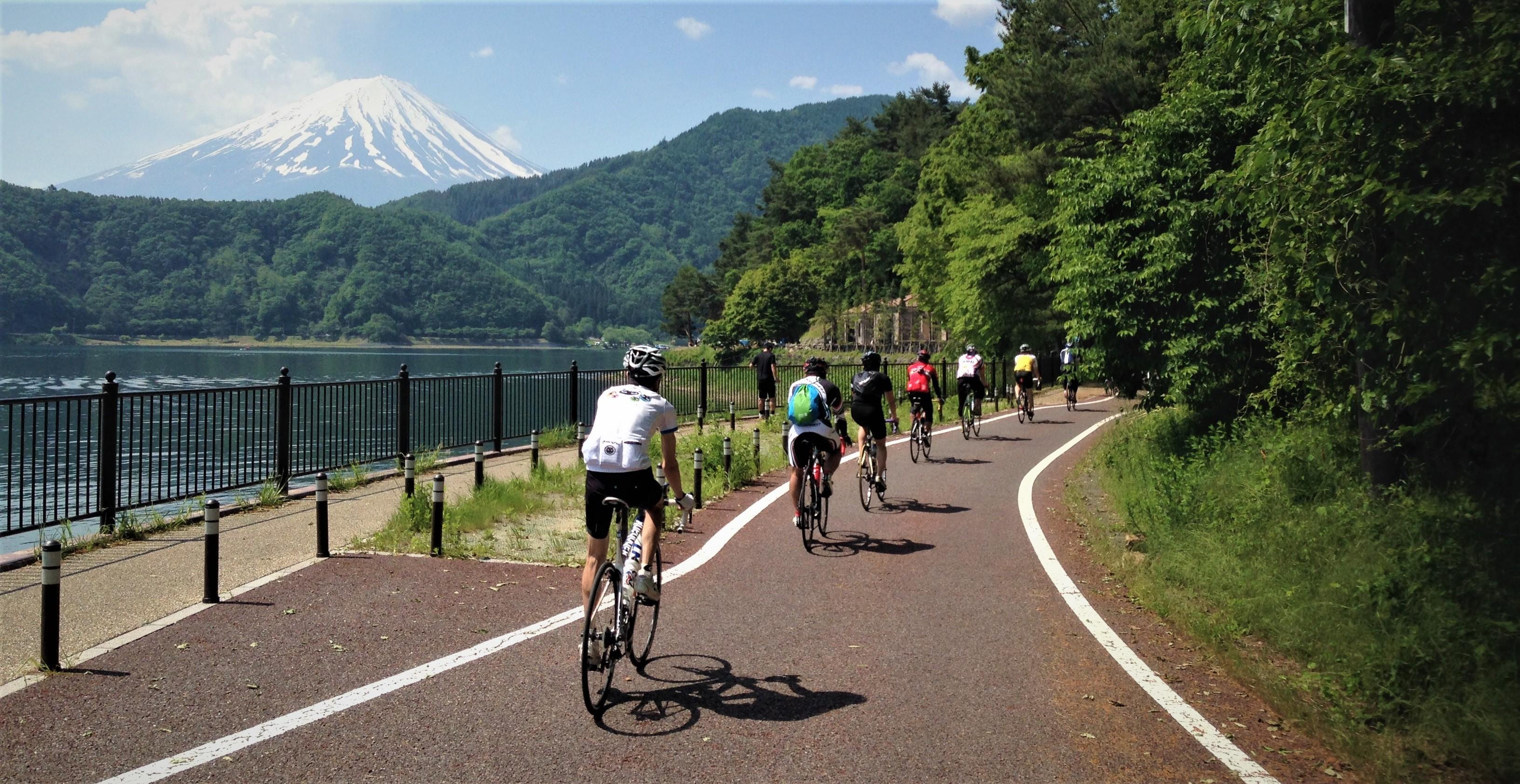 攝於富士五湖的自行車專用道