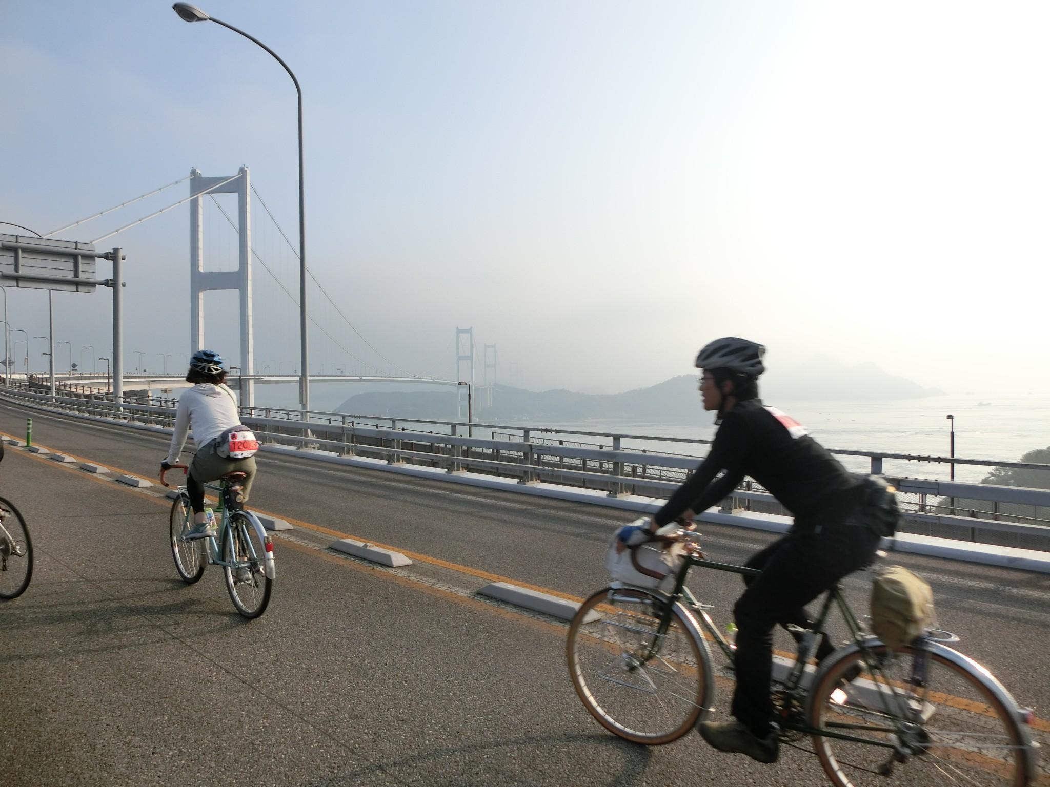 騎行在快速道路的體驗,只有在活動舉辦封路時才可能實現啊~
